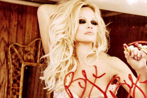 Памела Андерсон снимется для последней в истории «голой» обложки Playboy