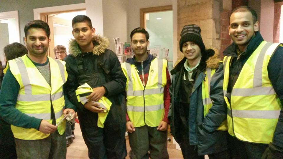 The Ahmadiyya Muslim Youth Association traveled to the North from London to help