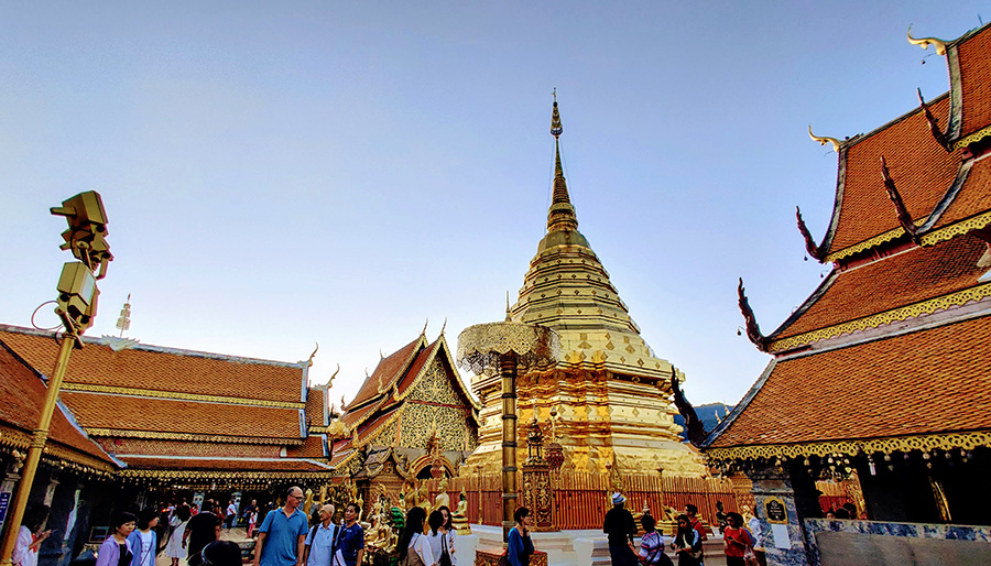 Golden temple at Wat Doi Suthep