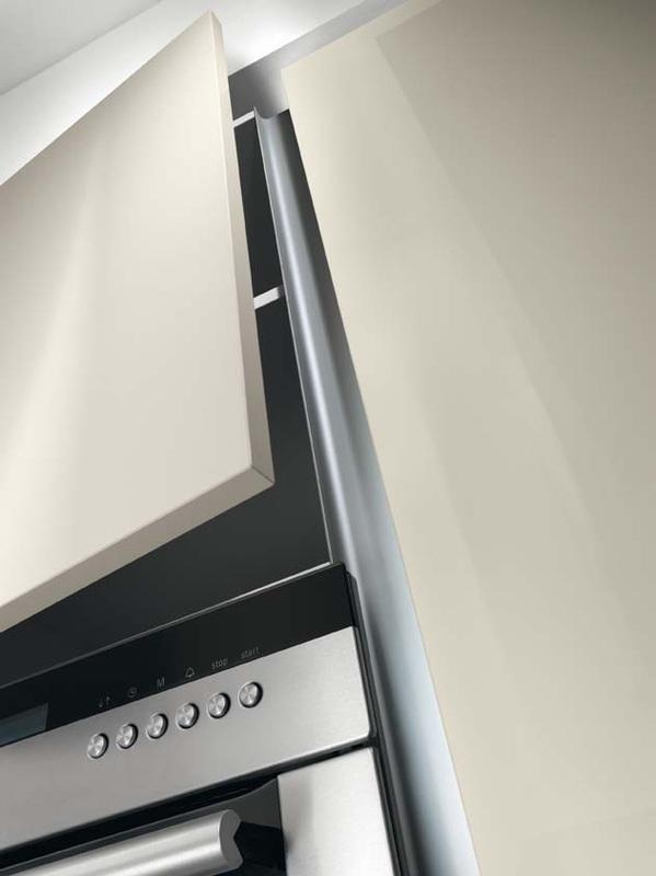 Why TRUE  TRUE handleless kitchenscouk