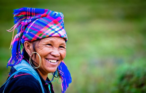 HMong-woman-in-Sapa