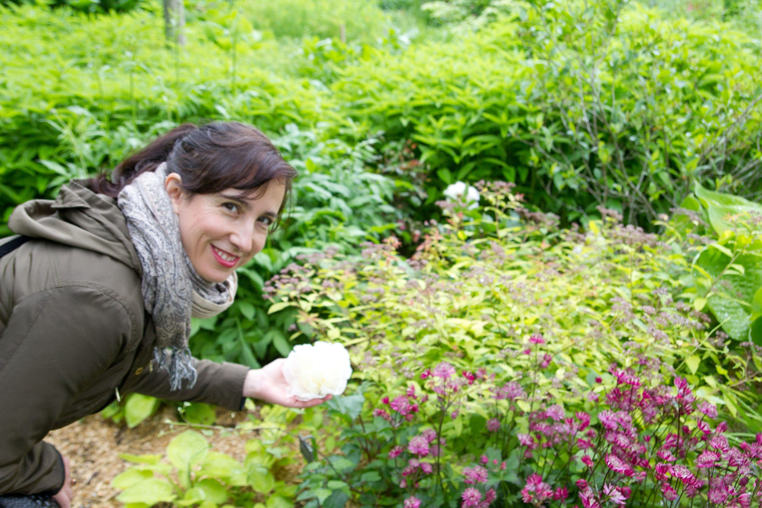 Un café con Yolinda – Entrevista a Inma, florista y paisajista consciente –