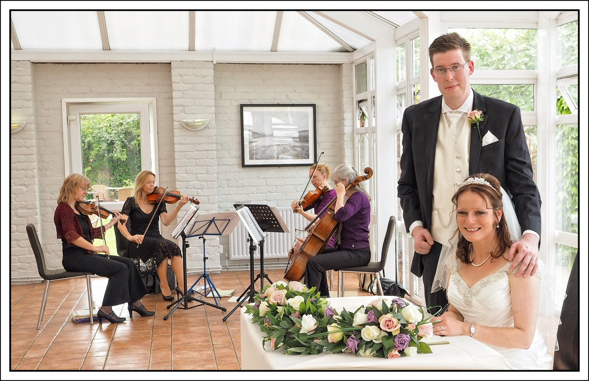 wedding photography at the Lion Quays