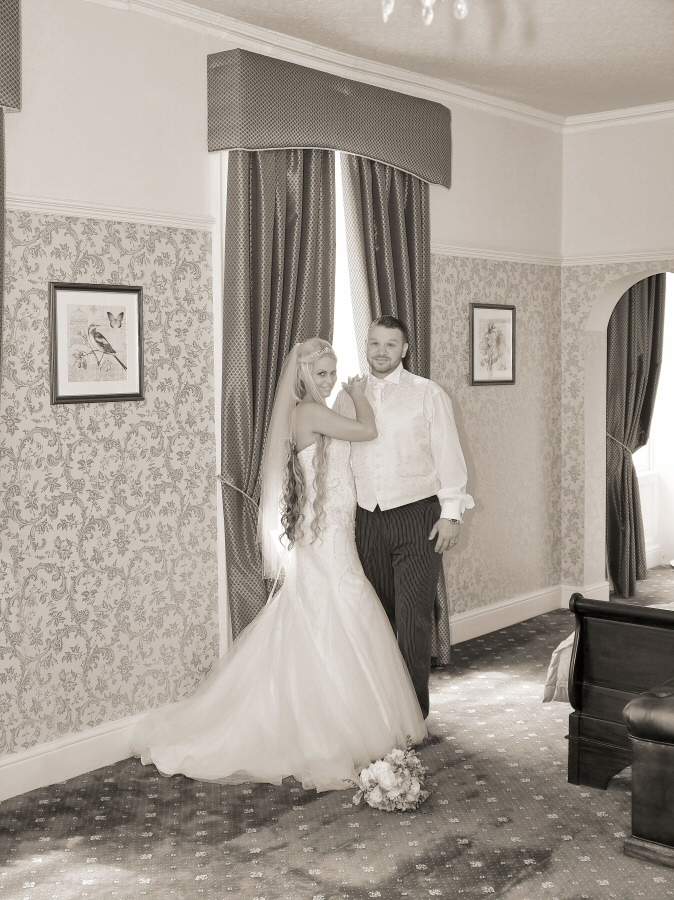 The beautiful bridal suite at Rossett Hall provides great photographic opportunities