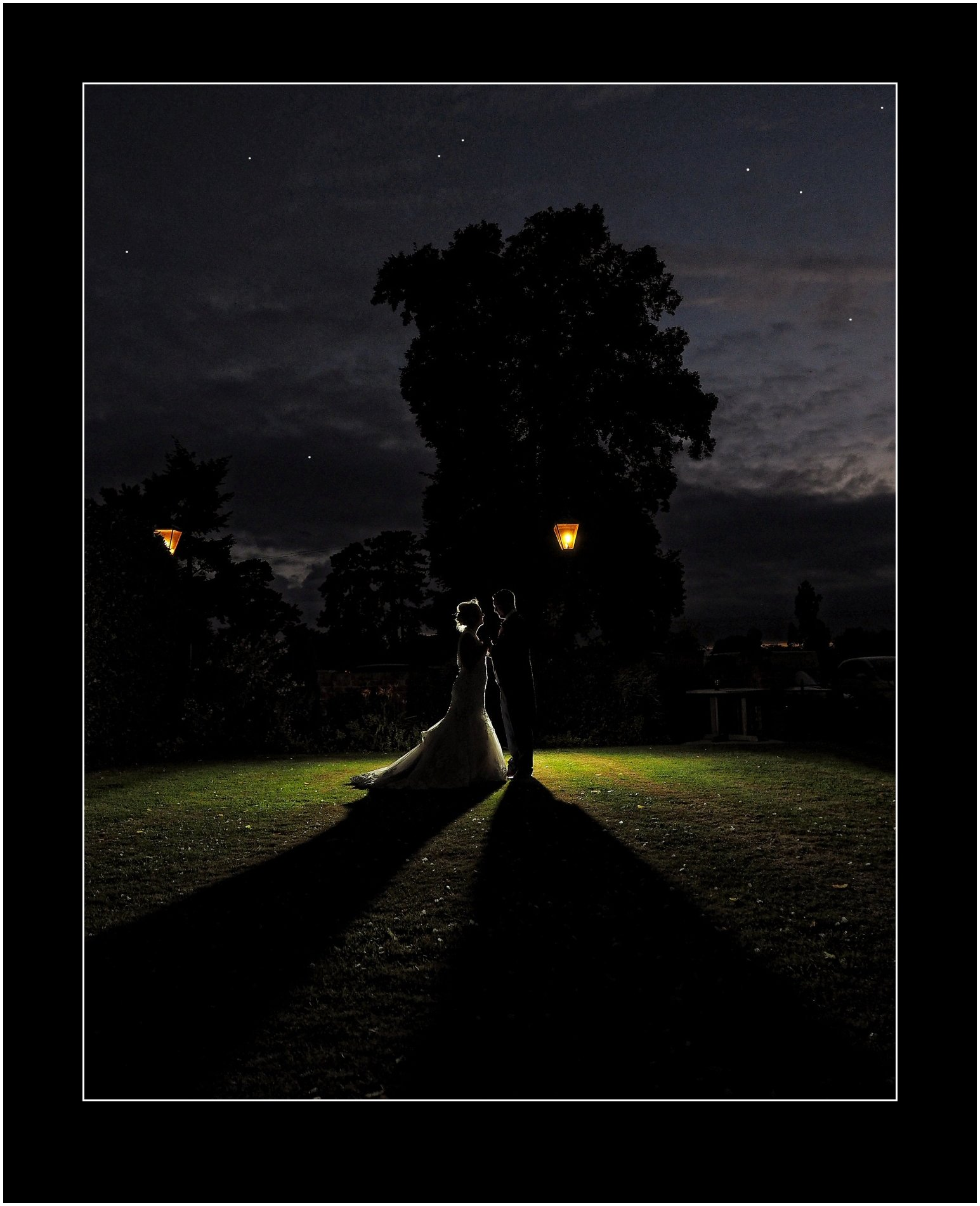 Beautiful night wedding photography shots