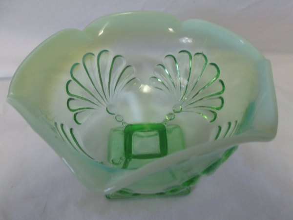 Vintage Green Opalescent Decorative depression glass pedestal bowl compote