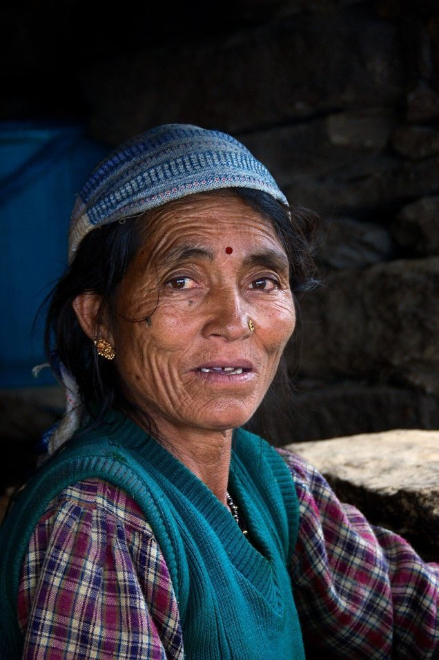 A woman of northern India, Parabati, who ran the second dhaba (tea house) we stopped at enroute to the endangered Pindari Glacier