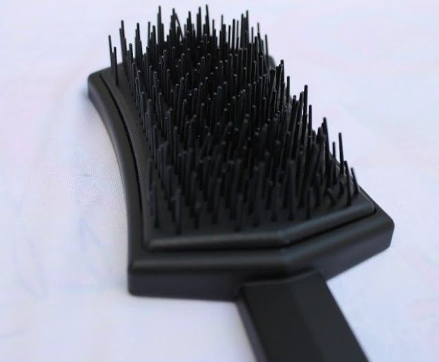 Cepillo Lim hair