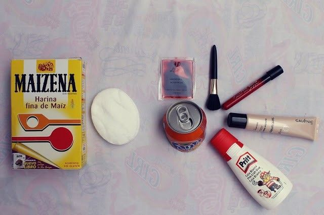 material para maquillaje de halloween