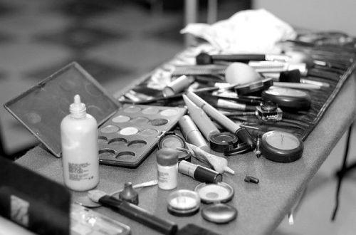 lavar las brochas de maquillaje