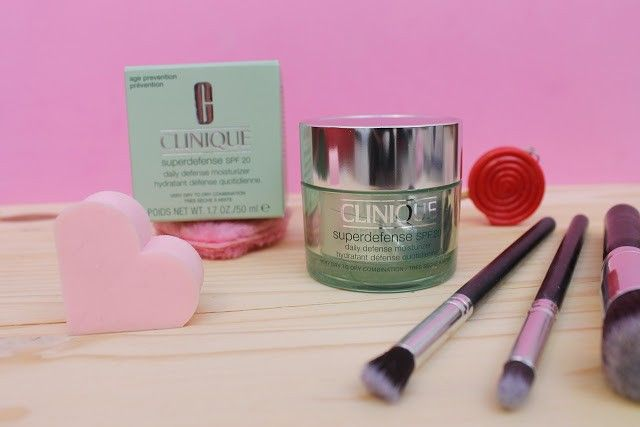 Clinique Defense spf 20