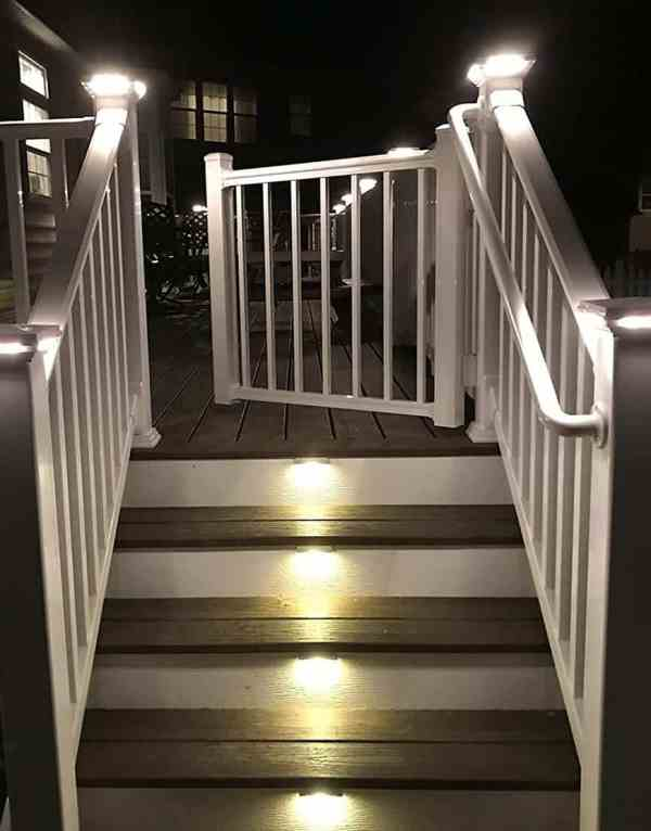 4 Inch Deck Post Cap Light