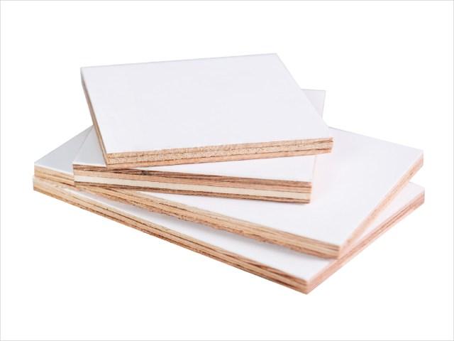 Panneau de contreplaqué-plywood laminé