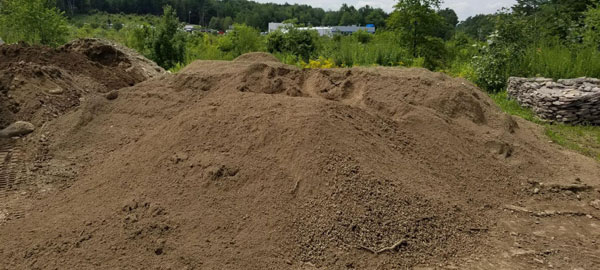 NH Fieldstone for Sale - Landscaping Materials | Trusted Rentals