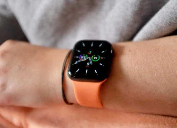 Apple Watch Se Review The Easiest To Recommend Apple Watch Yet