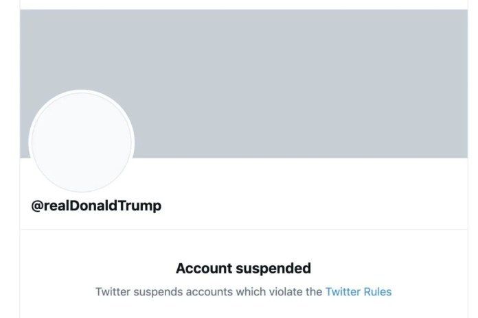 Twitter permanently suspends Donald Trump after a week of last straws
