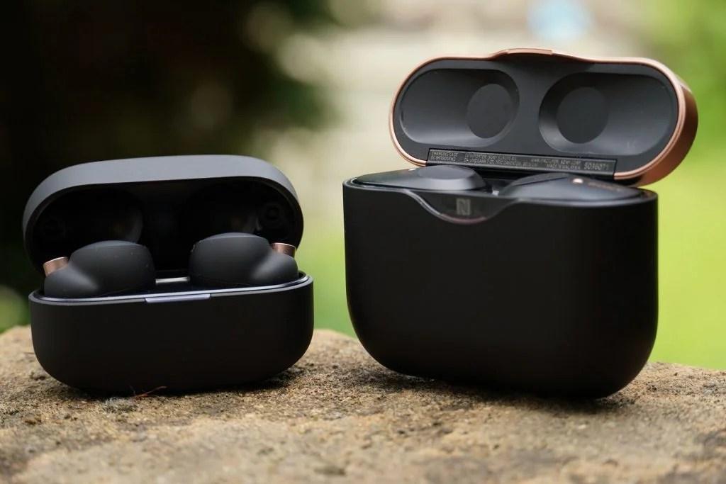 Sony WF-1000XM4 WF-1000XM3 charging cases