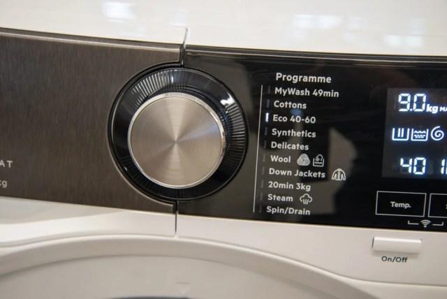 AEG L9FEB969C programme dial