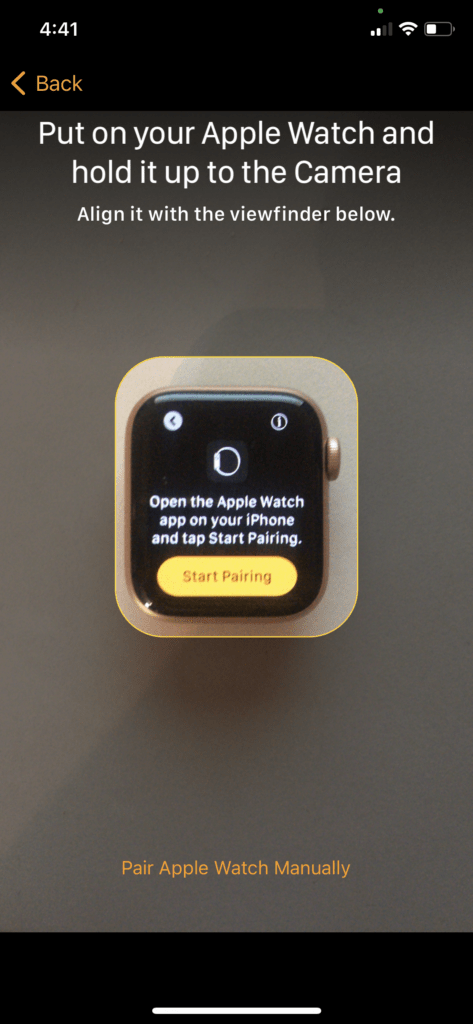 pair Apple Watch hold it to the camera 1