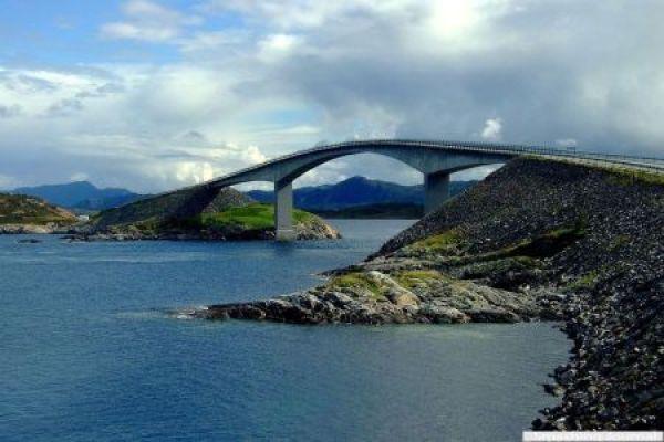 Storsesundetsky Bridge, Norway