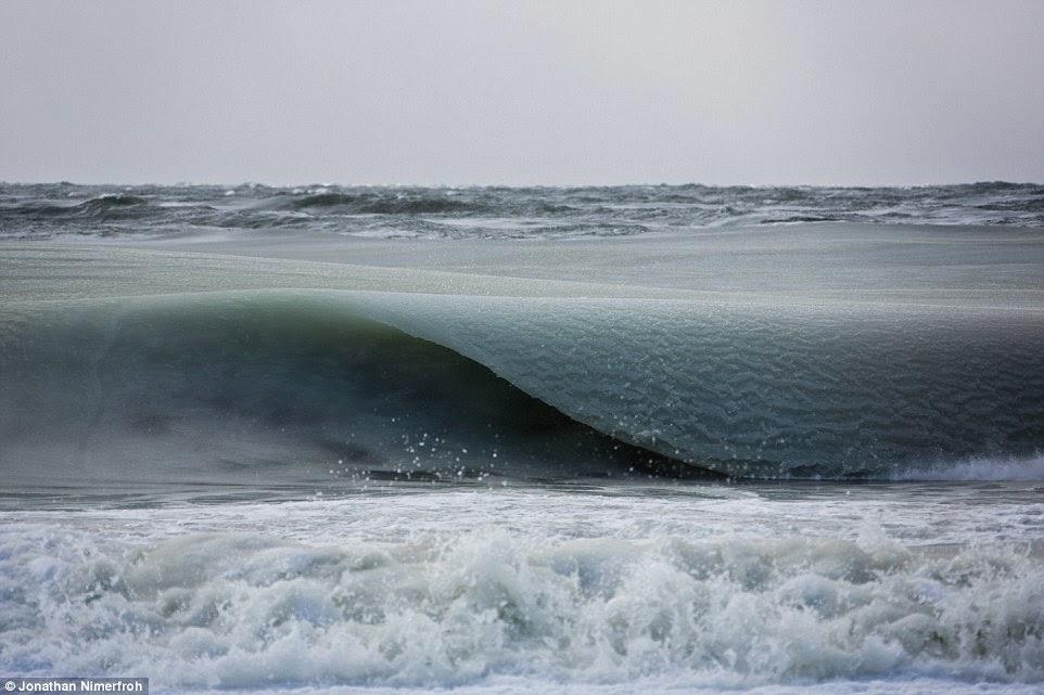 frozen_waves_2