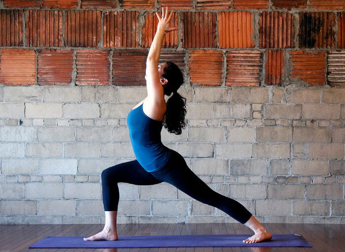 There are many yoga poses to stretch the psoas muscle.