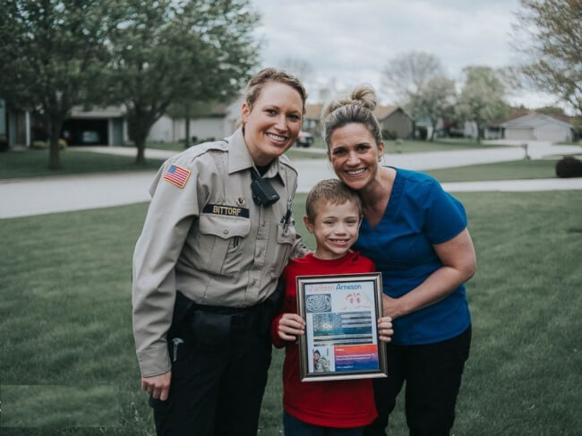 19. Wisconsin police officer to donate a kidney to an 8-year-old boy she just met.