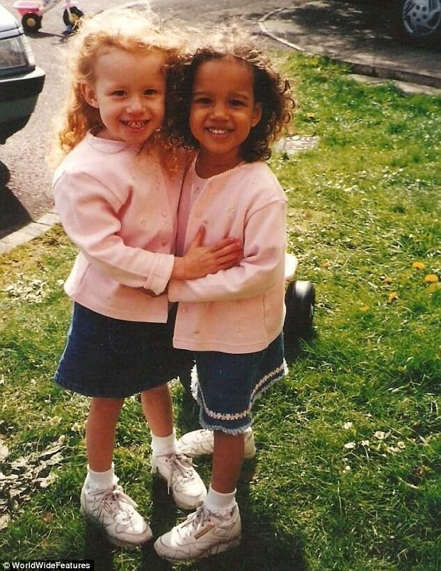 Beautiful Pictures Of The First Twin Sisters With Different Skin Colors Who Are 18 Years Old Today