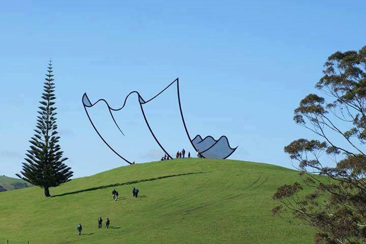 11. Cartoon kleenex sculpture, New Zealand.