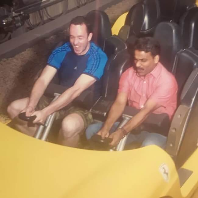 11. 'This man learned that his taxi driver had never been to an amusement park before, so he invited him and paid for him.'
