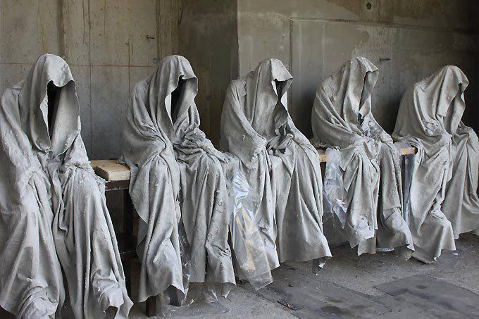 5. Guardians of time, Stonehenge - United Kingdom.