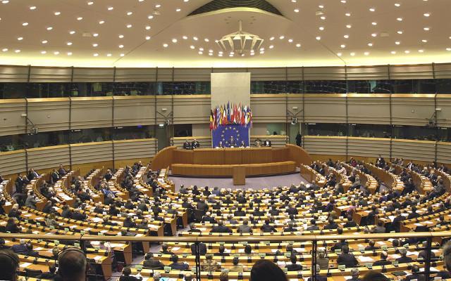 EU, European Roaming Charges, Lower International Roaming