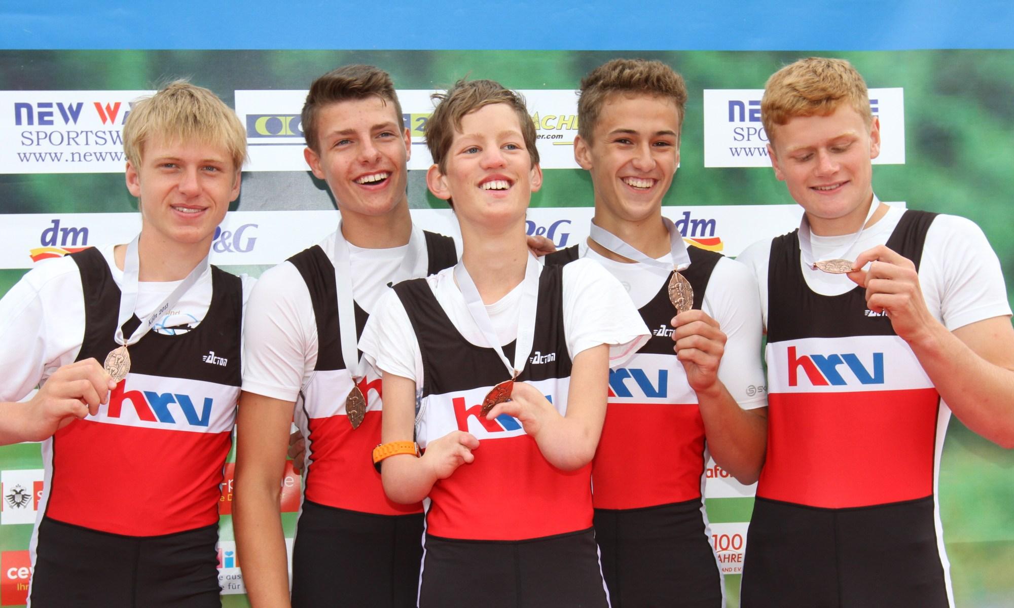 Deutsche Jahrgangsmeisterschaften U17: Bronzemedaille für Alexander Ludwig (2. von rechts) im Vierer mit Steuermann