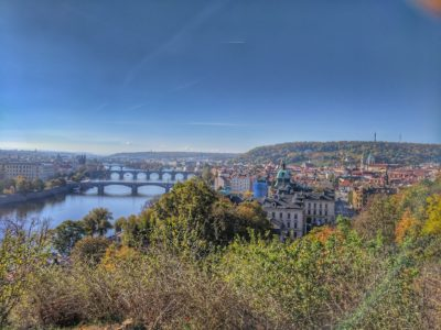 A great panoramic bike and castle tour in Prague