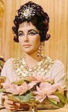 "Elizabeth Taylor in ""Cleopatra"" - hair & makeup inspiration"