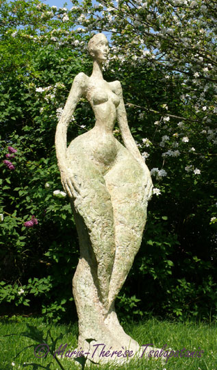 sculpture-marie-therese-tsalapatanis-feuille-grande