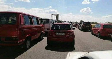 DINHO'S CONVOY BRINGS MABOPANE HIGHWAY & DASPOORT TUNNEL TO A HALT.