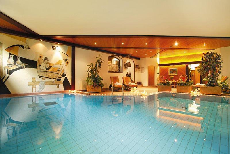Wellness a Dobbiaco  Hotel benessere  Hotel Tschurtschenthaler