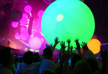 Zygote Interactive Balls from Crowd Activation