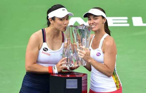 Chan Yung-Jan/Martina Hingis are the first doubles teams to qualify for the 2017 BNP Paribas WTA Finals Singapore presented by SC Global