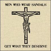 Caras que usam sandálias recebem o que merecem