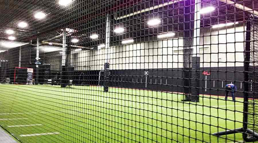 sport-net-safety-Sports-Netting-Sports-Hall-Netting-Gym-Divider-Nets-dubai-uae-TSS