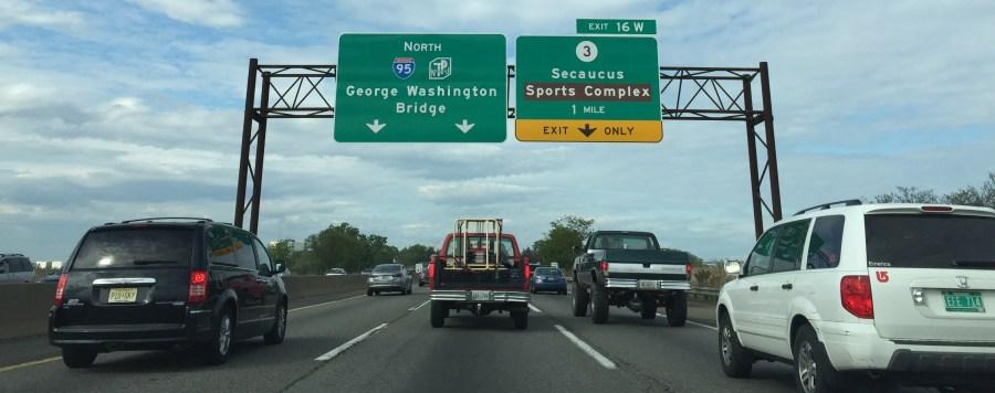 njturnpike-signs-trucks
