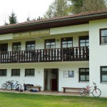 Sportplatz Trossel, Vereinsheim