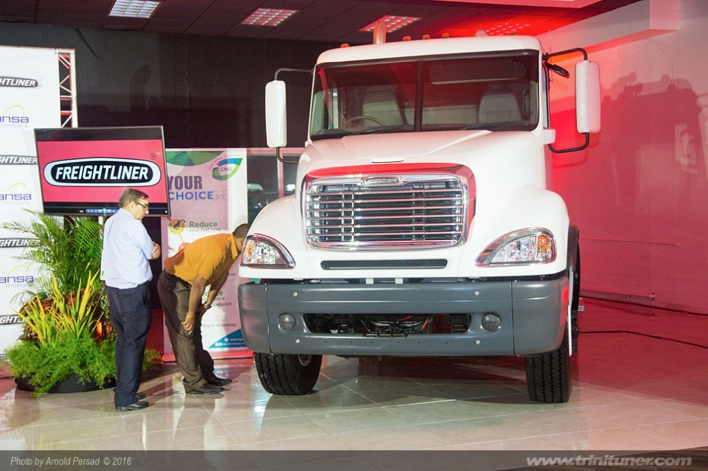 2016freightlinercng065925-arnold_persad_1024x683