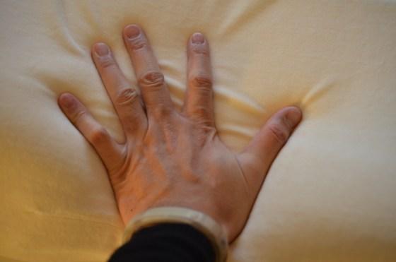 マニフレックス バイオシェイプ ピロー — 理想の睡眠を求め イタリア製高反発まくらを購入♪