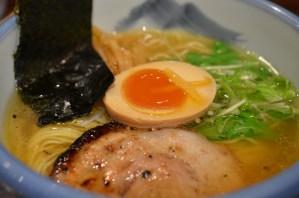 AFURI (阿夫利)麻布十番店 — 塩ゆずラーメン!すっきり淡麗で美味かった!感激!!