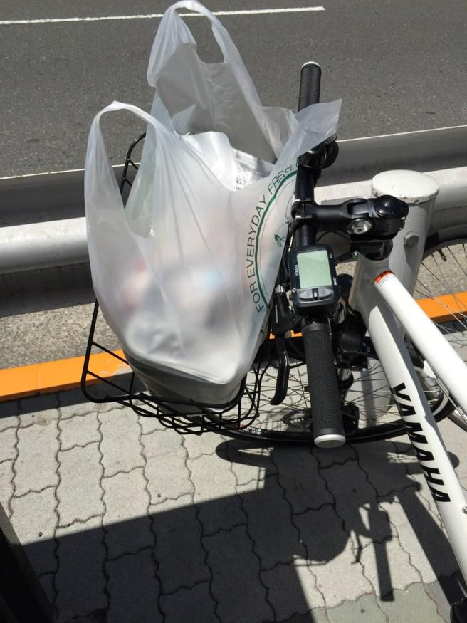電動アシスト自転車 YAMAHA PAS Brace XLの前カゴが予想以上に容量たっぷりで感激した件!