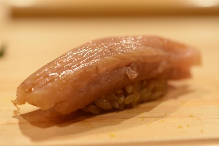 西麻布 鮓 村瀬 〜 全30品を越える驚愕フルコース!!熟成鮨の若きエースの握る寿司の繊細さを見よ!! [麻布グルメ]