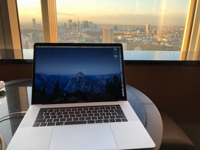 15インチ MacBook Pro(2017)を購入!Ultimateにしてアダプタも買ったら50万円越え!高かった!! [Mac]